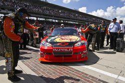 Race winnaar Jamie McMurray, Earnhardt Ganassi Racing Chevrolet in victory lane