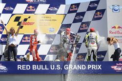Podium: race winner Jorge Lorenzo, Fiat Yamaha Team, second place Casey Stoner, Ducati Marlboro Team