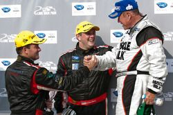 P class podium: class et toutes catégories vainqueur Greg Pickett, 3e Jon Field et Clint Field