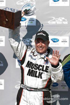 P klasse podium: winnaar klasse en algemeen Greg Pickett