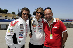 LCR Honda MotoGP manager Lucio Cecchinello con vistantes