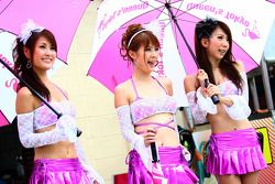 Queen's tokyo girls