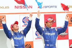 GT500 podium winnaar: #17 Keihin HSV-010: Toshihiro Kaneishi, Koudai Tsukakoshi