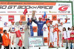 GT500 podium winner: #17 Keihin HSV-010: Toshihiro Kaneishi, Koudai Tsukakoshi, 2nd place:#18 Weider HSV-010: Takashi Kogure, Loic Duval, 3rd place: #6 Eneos SC430: Daisuke Ito, Bjorn Wirdheim