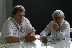 Norbert Haug, Mercedes, Chef du Sport automobile et Bernie Ecclestone interview
