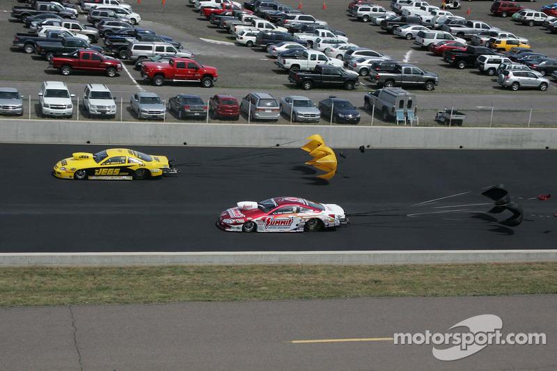 Jeg Coughlin Jr., JEGS.com Chevy Colbalt en Greg Anderson Summit Racing Pontiac GXP