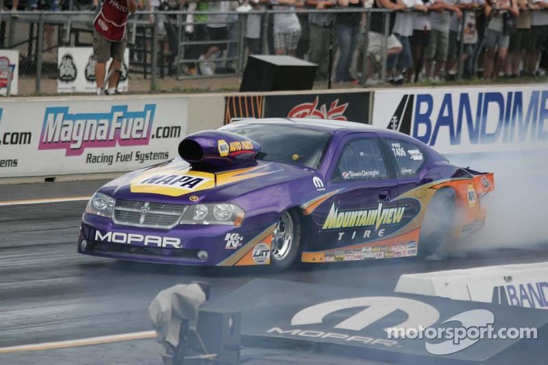 Vinnie Deceglie, Mountin View Tire Dodge Stratus