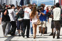 Jenson Button, McLaren Mercedes y su novia