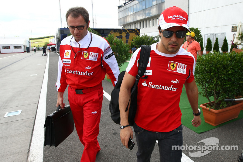 Stefano Domenicali, Ferrari Scuderia Director deportivo y Felipe Massa, Ferrari Scuderia