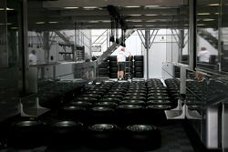 Camiones Mercedes GP, neumáticos Bridgestone