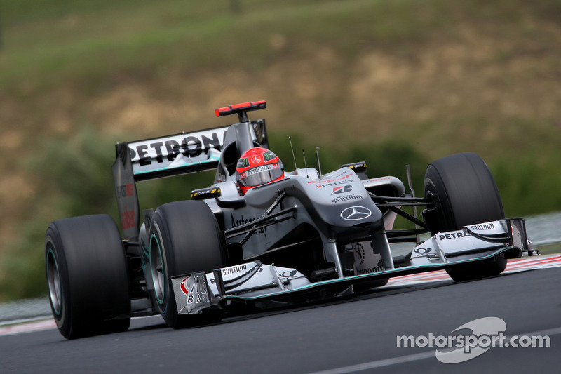 2010: Mercedes - 9º lugar, 72 pontos, 19 GPs