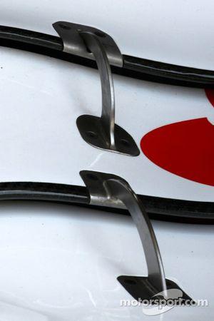 Detalle del ala delantera de Scuderia Ferrari