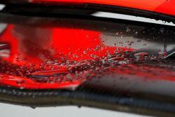 Detalle del ala delantera de McLaren Mercedes