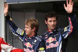Ganador de la pole Sebastian Vettel, Red Bull Racing, segundo puesto de Mark Webber, Red Bull Racing