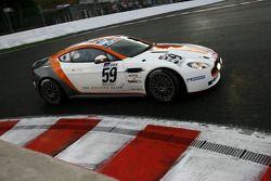 #59 Jota Sport Aston Martin V8 Vantage GT4: Simon Dolan, Sam Hancock, Roger Wills, Joe Twyman