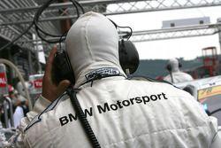BMW engineer talks on the radio