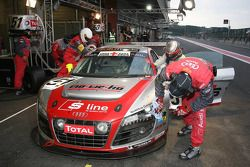 Pitstop #51 Phoenix Racing Audi R8 LMS GT3: Alexandros Margaritis, Marc Hennerici, Andrea Piccini, H