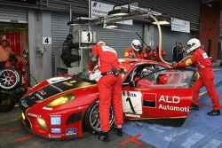 Passage aux stands pour #1 AF Corse - ALD Team Vitaphone Ferrari F430 GT2: Michael Waltrip, Nicola Cadei, Robert Kauffman, Marco Cioci