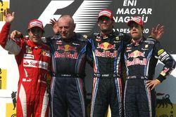 الفائز بالسباق مارك ويبر، المركز الثاني فرناندو ألونسو والمركز الثالث سيباستيان فيتيل