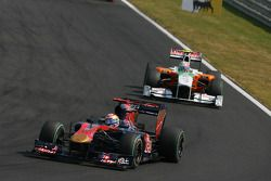 Sebastien Buemi, Scuderia Toro Rosso y Vitantonio Liuzzi, Force India F1 Team