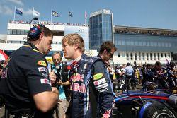 Guillaume Rocquelin su ingeniero y Sebastian Vettel, Red Bull Racing