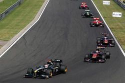 Jarno Trulli, Lotus F1 Team y Sebastien Buemi, Scuderia Toro Rosso