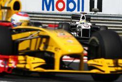 Vitaly Petrov, Renault F1 Team voor Pedro de la Rosa, BMW Sauber F1 Team