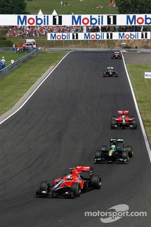 Lucas di Grassi, Virgin Racing y Heikki Kovalainen, Lotus F1 Team