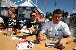 Dean Stoneman et Philipp Eng lors de la session d'autographes