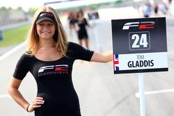 Grid girl pour Tom Gladdis
