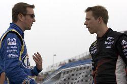 Kurt Busch, Penske Racing Dodge and Brad Keselowski, Penske Racing Dodge
