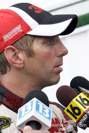 Victory lane: race winner Greg Biffle, Roush Fenway Racing Ford