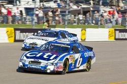 Ricky Stenhouse Jr.et Carl Edwards