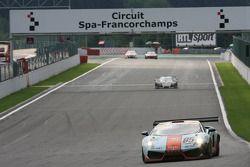 #85 Gulf Team First Lamborghini LP560-4 GT3: Fabien Giroix, Anthony Beltoise, Frédérique Fatien, J