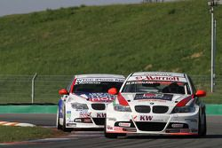Mehdi Bennani Wiechers-Sport BMW 320si et Andrei Romanov Liqui Moly Team Engstler BMW 320si