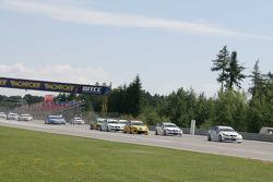 Start: Colin Turkington eBay Motors BMW 320si devant