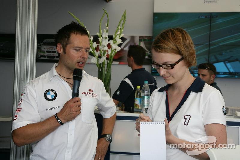 Meet the Driver avec Andy Priaulx BMW Team RBM BMW 320si