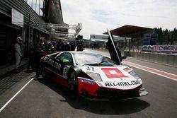 Pitstop #37 All-Inkl.com Münnich Motorsport Lamborghini Murcielago R: Marc Basseng, Christophe Bouch