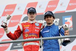 National class podium: winnaar Menasheh Idafar, 2de James Cole