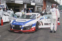 Pitstop #67 United Autosports Audi R8 LMS GT3: Mark Blundell, Zak Brown, Richard Dean, Eddie Cheever