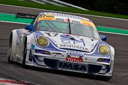 #17 IMSA Performance Matmut Porsche 911 GT3 RS GT2: Christophe Bourret, Pascal Gibon, Jean-Philippe