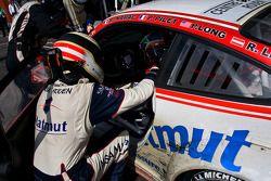 #16 IMSA Performance Matmut Porsche 911 GT3 RS GT2: Raymond Narac, Patrick Long, Patrick Pilet, Rich