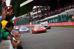#23 BMS Scuderia Italia SPA Porsche 911 GT3 RS GT2: Romain Dumas, Jörg Bergmeister, Martin Ragginger, Wolf Henzler, #60 Prospeed Competition Porsche 911 GT3 R GT3: Oskar Slingerland, Maxime Soulet, Julien Schroyen, Jos Menten, #58 VDS Racing Adventures F