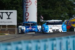 #01 Chip Ganassi Racing avec Felix Sabates BMW/Riley: Scott Pruett, Memo Rojas, #61 AIM Autosport Fo