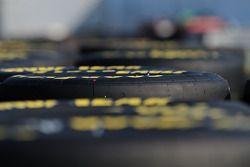 Banden in de Sprint Cup garage