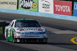 El Ford de Elliott Sadler, Richard Petty Motorsports