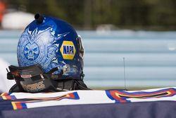 Helm van Martin Truex Jr., Michael Waltrip Racing Toyota
