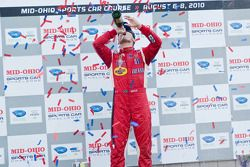 GT podium: klasse winnaar Jaime Melo