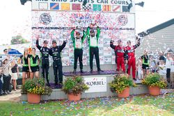 GTC podium: klasse winnaars Timothy Pappas en Jeroen Bleekemolen, tweede plaats Bret Curtis en James