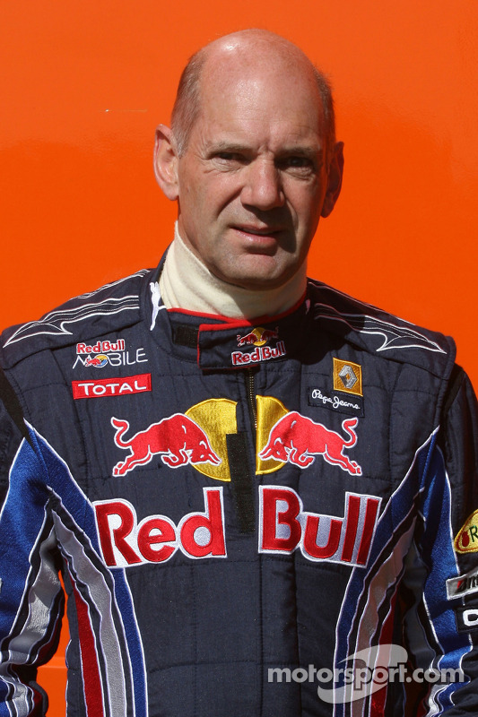 Adrian Newey, Red Bull Racing, Teknik Direktörü kazaea, ve race, 2010 Michelin Ginetta G50 Cup